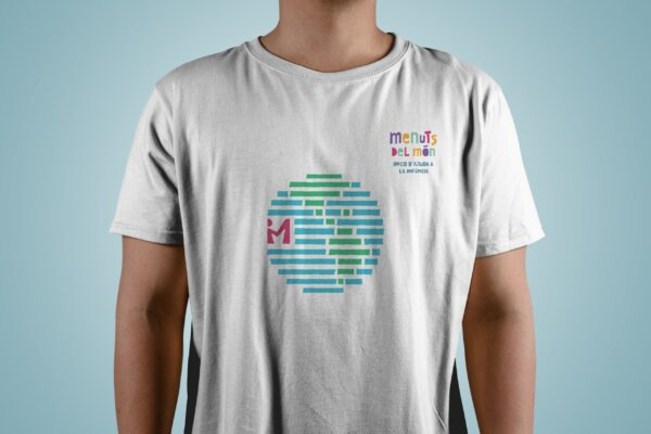 1.-T-Shirt-Mockup-actualizada-scaled